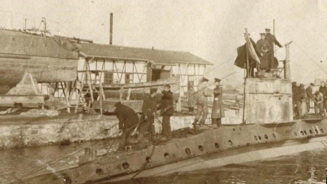 На днешния ден преди 105 години е поставено начало на българското подводно плаване