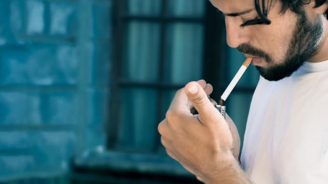 Гърция: Цигарите не пазят от COVID-19