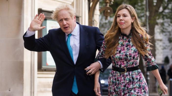 Британският премиер Борис Джонсън се е оженил за годеницата си