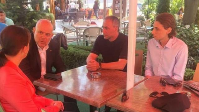 Главният прокурор разговаря с роднини на починалия след жесток побой в Петрич