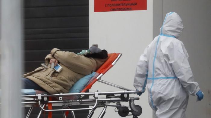 През април 2021 г. в Русия сапочинали болни от COVID-19,