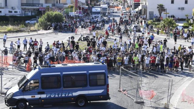 Овладяно е напрежението около българската общност в Мондрагоне