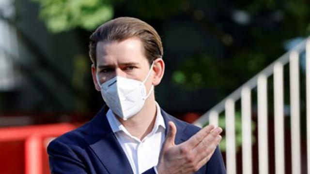 """Австрийският канцлер се ваксинира с """"Астра Зенека"""""""