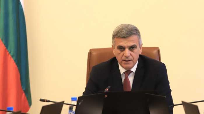 Служебният премиер Стефан Янев пътува към района на инцидента с
