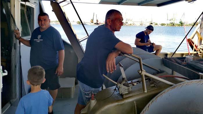 Животът навътре. Среща отблизо с Черноморския риболов (СНИМКИ)