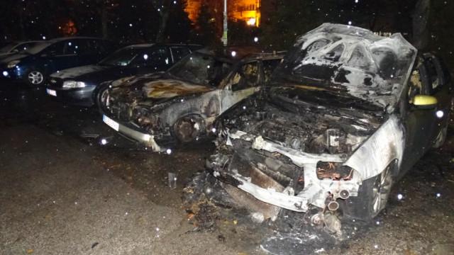 Задържаха двама за палежи на автомобили в Мездра