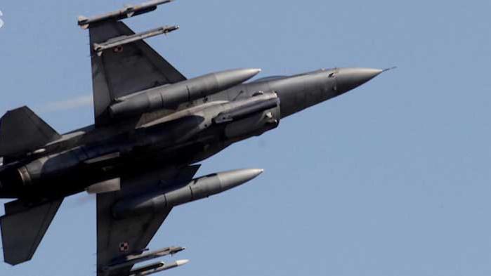 Американските военни обмислят възможността за въздушни удари на територията на