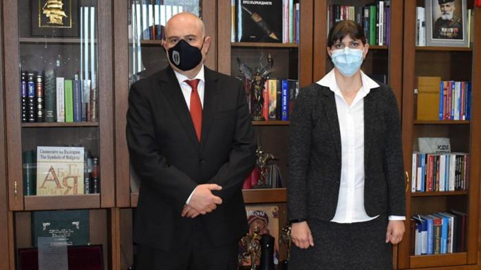 Двамата се срещнаха в Съдебната палата в София Главният прокурор