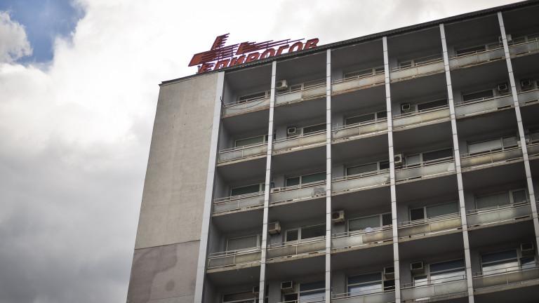 Болниците са получили двоен удар по време на епидемията -