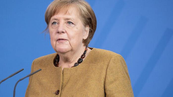 """Меркел ще преговаря за """"Северен поток-2"""" в САЩ"""