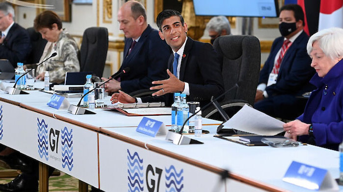 Лидерите на Г-7 ще дарят 1 милиард ваксини срещу COVID-19