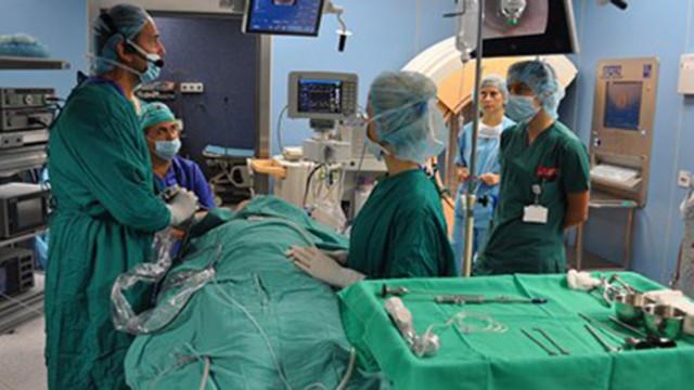 Пускат гинеколози да правят сърдечни операции
