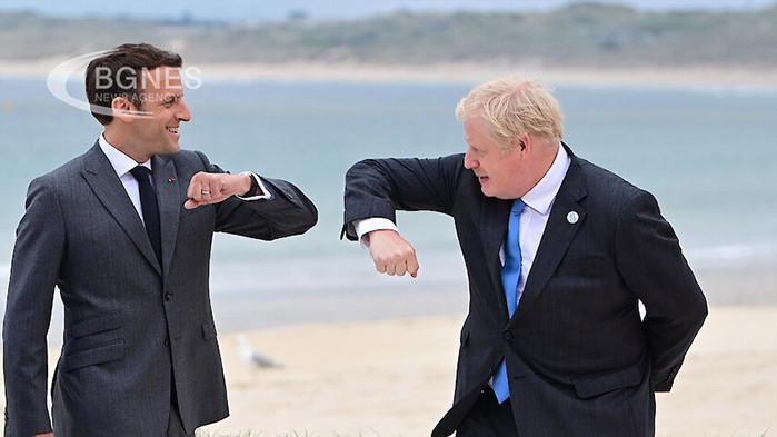 Френският президент Еманюел Макрон каза на британския премиер Борис Джонсън,