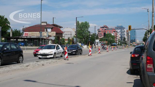 """Малките улички в """"Манастирски ливади"""" поемат трафика от """"Каблешков"""""""