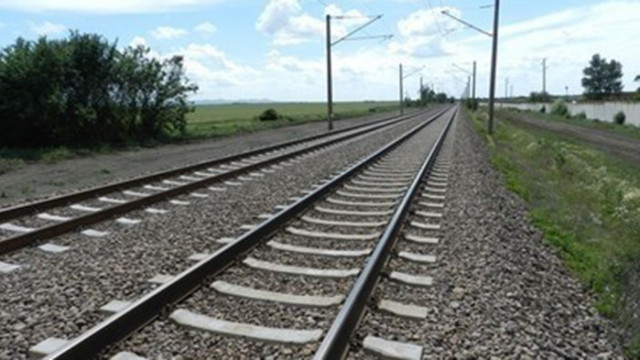 Пуснаха движението на влакове през гара Белово