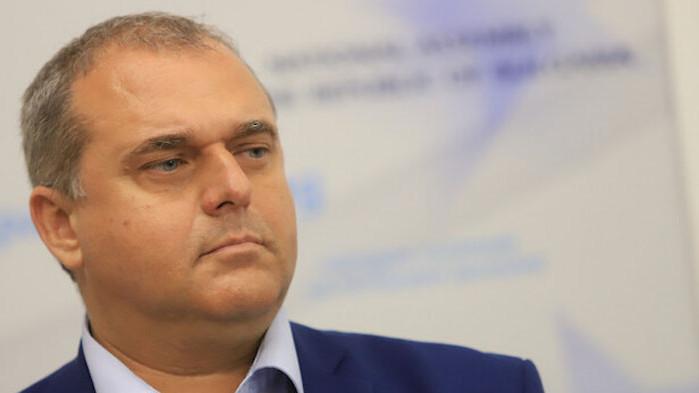 Искрен Веселинов призова служебния кабинет да заработи