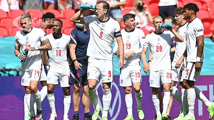 Тимът на Англия записа минимална, но изключително ценна победа над