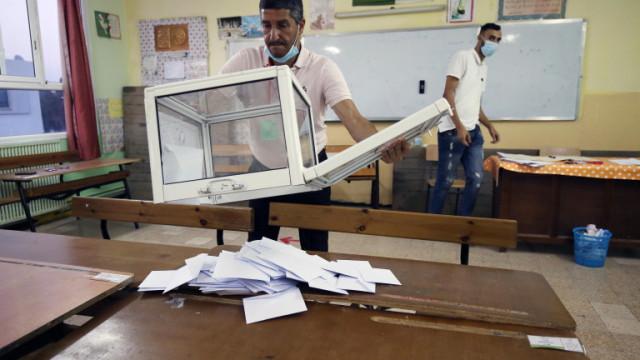 Главната ислямистка партия в Алжир печели парламентарните избори