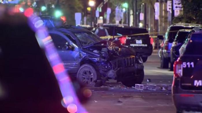 Една жена почина, а трима души бяха ранени, след като