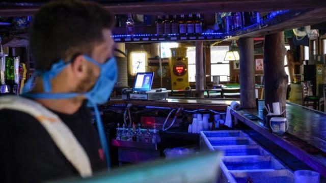 Коронавирус в нощен клуб в Швейцария, 300 души са под карантина