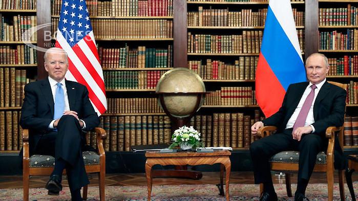 Първата среща между руския президент Владимир Путин и американския лидер