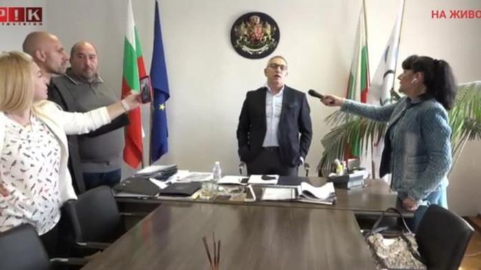 Напрежение в спортното министерство. Станислав Недков-Стъки и граждани протестираха и