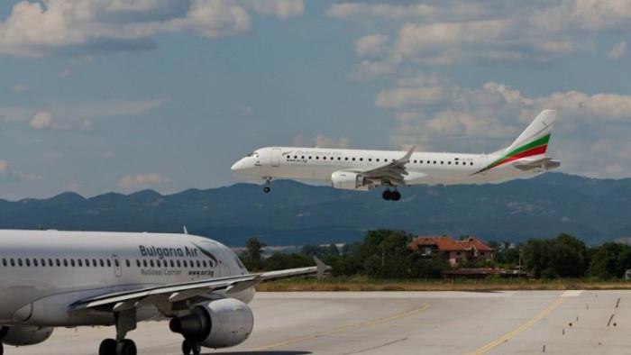 Екипажите на Държавния авиационен оператор ще подържатлетателната си годностна самолети