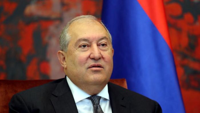 Армения трябва да промени Конституцията и отново да стане президентска