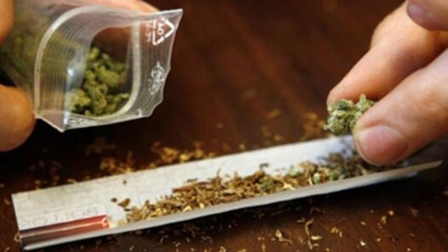 Съдят 30-годишен мъж, обвинен в разпространение на наркотични вещества