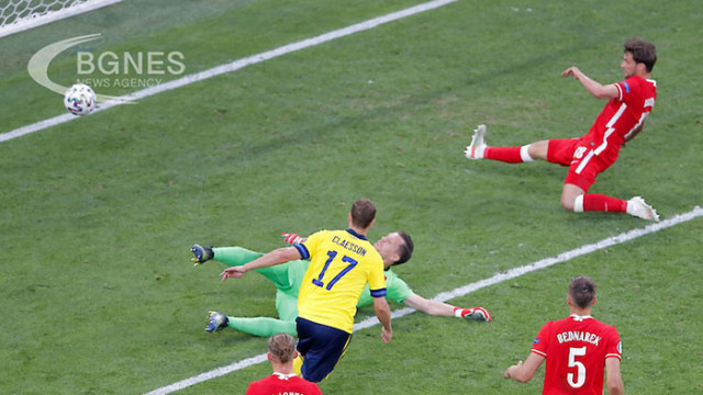 Швеция удари Полша в края и оглави група Е