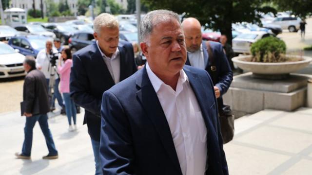 Николай Ненчев: Румен Радев готви прокремълско управление на България!