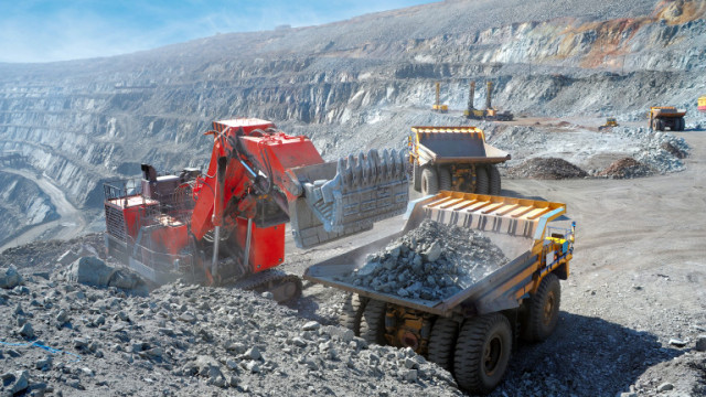 Zijin Mining инвестира $1,26 милиарда в производството си в Сърбия