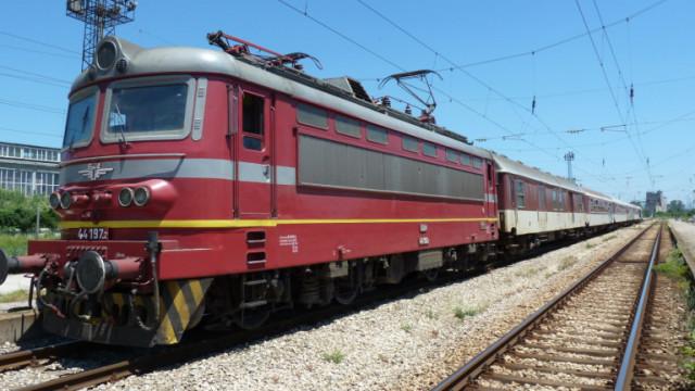 Подмяна на жп стрелките вероятно е довела до инцидента на гарата в Карлово