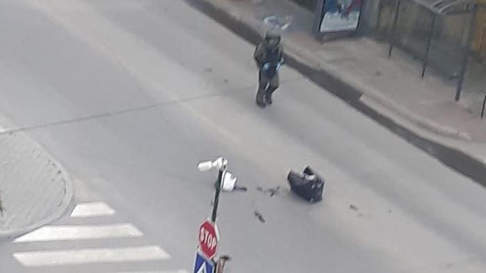 Куфар на пътя вдигна полицаи и огнеборци накрак във Варна