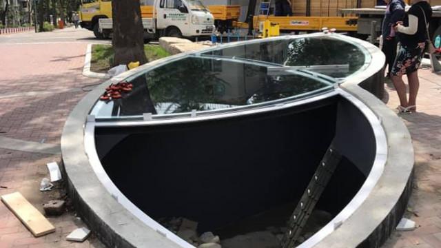 Поставиха бронираното стъкло над разкопките в Шишковата градинка