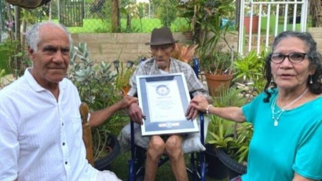Емилио Флорес Маркес: на колко години е новият най-възрастен мъж на света