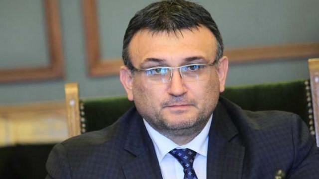 Маринов: Към обяд гръцките власти ще затворят ГКПП Маказа