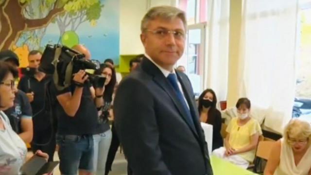 Мустафа Карадайъ гласува в Кърджали