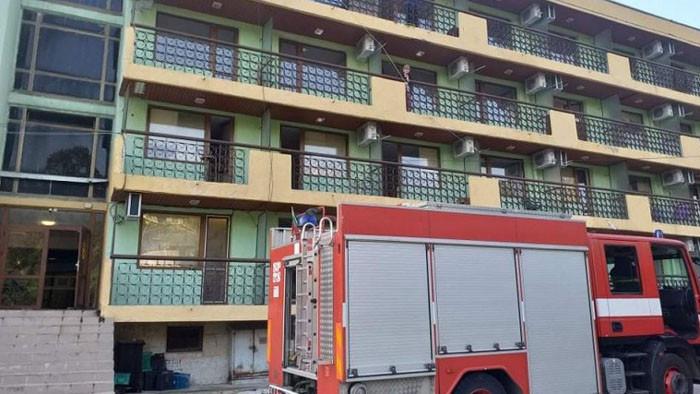 """Две са жертвите на пожара в дома за възрастни хора """"Свети Никола"""" във Варна"""