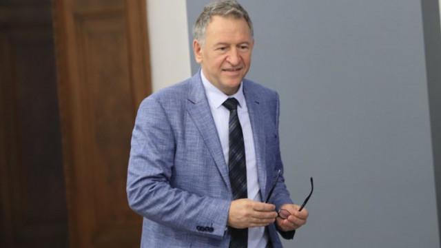 От мрежата: Кацаров излъга без да му мигне окото. Наклевети лекарите, които са го лекували