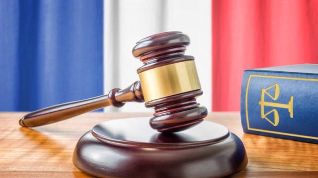 Франция осъди 17 българи за сводничество