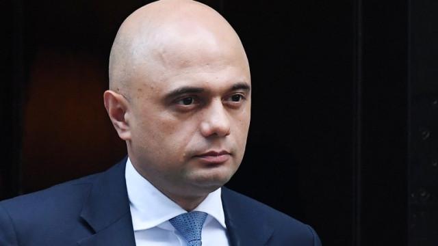 Британският здравен министър е с коронавирус
