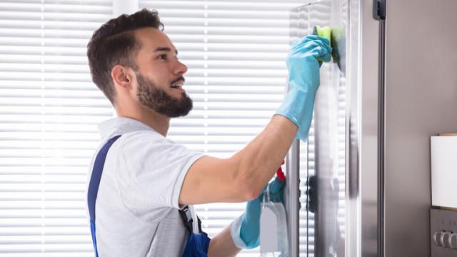 Хладилникът, годността на храните, защо и как да го почистваме според експертите от CDC