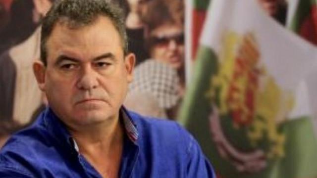 Бонев към Кацаров: Как си представяш да си министър, след като те презират докторите?!