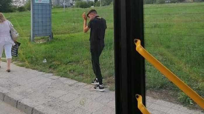 Група младежи тероризират служители на Градски транспорт в автобусите