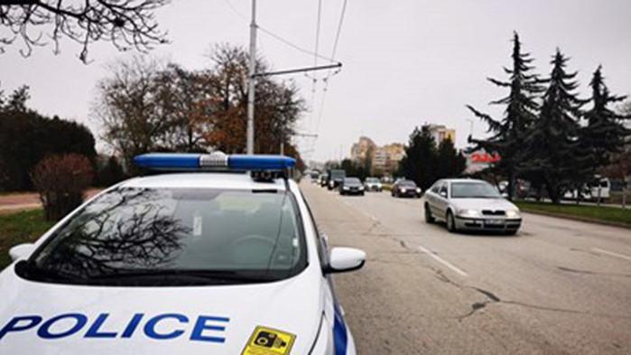 Деца изтеглили 5200 лв. от чужда карта след кражба в Русенско