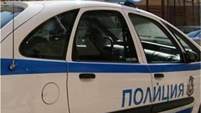 Трима скандалджии се сбили и стреляли с питолет в квартал в Пещера