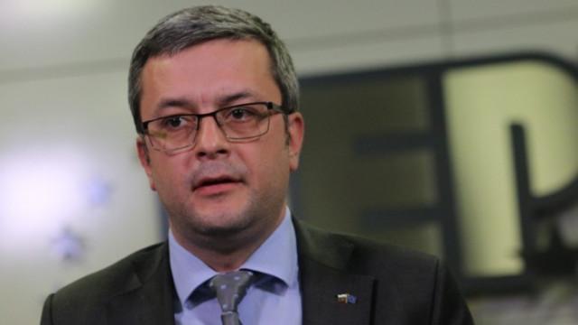 Тома Биков: Няма нужда ние да подкрепяме новото правителство, те си имат гласовете на ДПС