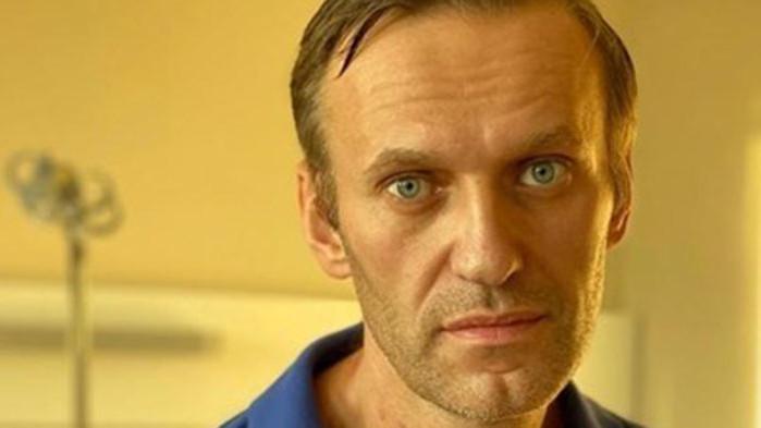 Oставиха говорителката на Навални за още половин година под домашен арест
