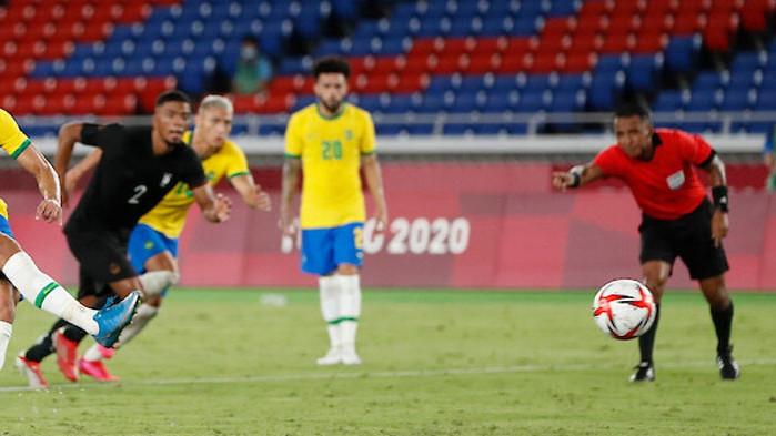 Бразилия срази Германия в мач с 6 гола
